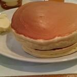 珈琲家 - ホットケーキ側面