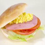 パン市場 浜田分店 - 料理写真:トリプルサンド(夏季限定)