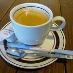 トリッペリア コルテロ - コーヒーはウィーックリープラッターにはプラス100円で付けられます