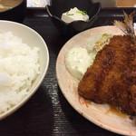 なかよし - 料理写真:アジフライ(終日¥380)