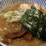 3928464 - 醤油ラーメン(750円)