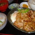 定食や - 生姜焼きイカ刺身