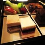 マデュロ - 紅茶とフランボワーズのムース