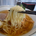 中華そば カリフォルニア - こんな麺です