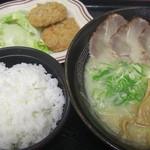 茶山亭 - こってり定食800円