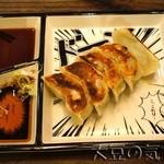 鶏そば十番156 - 大ぶり厚皮餃子(¥500)