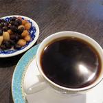 豆家 茜 - 『遠州』というコーヒーとお豆の取り合わせ500円。