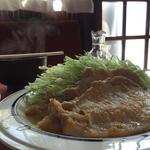 モカ - 生姜焼き・肉アップとハリネズミみたいに見えるキャベツ