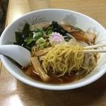 イキイキ・ギョーザ - 麺リフト