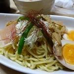 39303892 - 【2013年8月】冷製辛トロつけ麺 850円