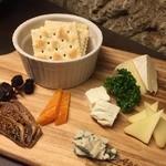 石蔵DINING 今尽 - チーズの盛り合わせ
