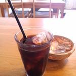 紬家 - 料理写真:セットのアイスコーヒー(2015.3月)
