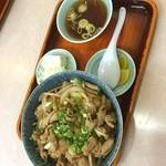 珍来軒 - 龍ヶ崎名物激ウマホルモン炒め丼