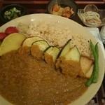 39321290 - 野菜たっぷり玄米カレーby arumona