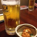 燦醸小町 - 生ビール(クラシック)300円、お通し350円