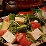 39324045 - アボガドとお豆腐のサラダ