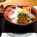 乃の木 新宿エステックビル店 - 海鮮丼