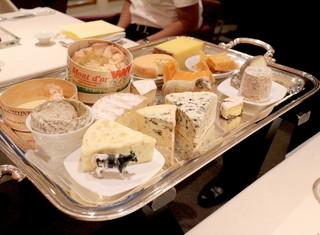 レストラン エテルニテ - 茶床さんの熟成チーズワゴン '15 5月上旬