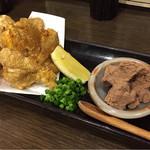 地鶏と酉 大名 へて - サクサクの鶏皮せんべいと肝味噌(^^)お気に入り♪