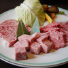 Maruaki - 料理写真:特選飛騨牛大皿~☆