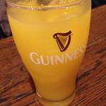 THE AVERY'S IRISH PUB - オレンジのカクテル^_^;