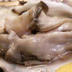 神楽坂 割烹 越野 - 岩牡蠣