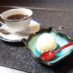 魚もん屋 - 2015年3月 ちらし寿司セットのコーヒー、デザート。