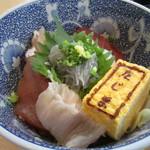 鮨 たじま - 海鮮丼のアップ