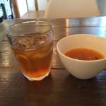 boji - 野菜のスープとお茶