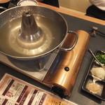 厳選島豚 せいりゅう - しゃぶしゃぶ鍋