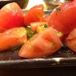 綱島の串屋横丁 - バジルトマト