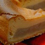 きん田 - これが噂のチーズケーキ。写真じゃ伝わらないけど、おおきいです。満足感あり!