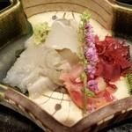 Chakaisekizushi - 白身の酢漬け