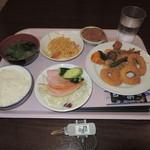 新千歳空港温泉 お食事処 - 朝食バイキング