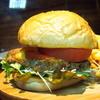 アンダースピン - 料理写真:ニューヨークスタイルハンバーガー