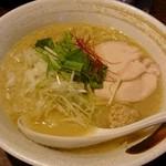 たけいち - 濃厚鶏白湯ラーメン 780円
