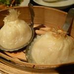 39349403 - フカヒレ小籠包&上海蟹味噌小籠包