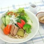 元氣亭 - サラダうどん 野菜たっぷり!期間限定