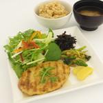 元氣亭 - 本日のお食事 日替わりでメインが変わります