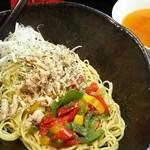 麺屋GAKU - アジアンつけ麺 880円