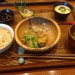 みっきー食堂 - 日替わり定食(食べかけ