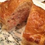 39371232 - 桜海老とホタテのパイ包み焼き