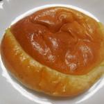 ルチア - クリームパン¥120-