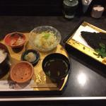 黒福多 - 黒豚黒カツロース定食1,830円