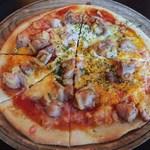 ティント - チキンピザ