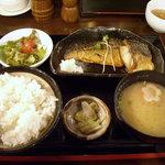 五島列島天然魚と日本酒 郷味 - 「さばの塩焼き(お魚定食)」750円