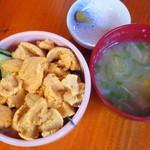 番屋 - ミニうに丼(海鮮5品焼き物セットの料理です)