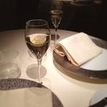 レストラン ひらまつ - 乾杯