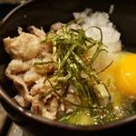 丈ちゃん - 鶏玉丼(420円)