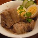 ムサク - ベトナムの豚の角煮:ティットへオコー(840円)